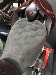 Motocorse Alcantara Sitzkissen Panigale V4