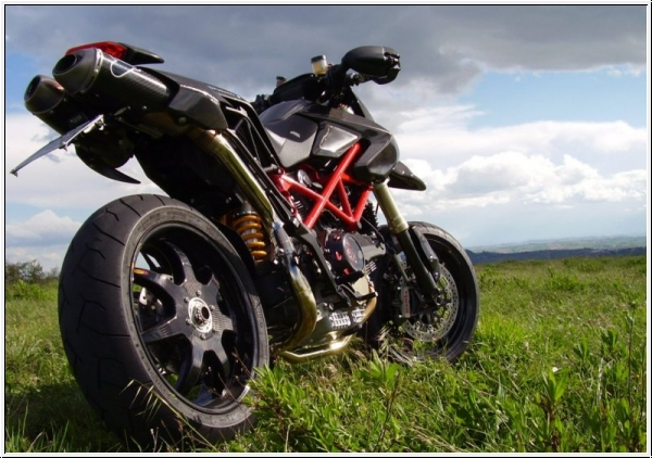 BST Black Mamba Carbonfelgen Monster 1100 und 1100S